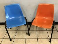 2 Retro Plastic Chairs