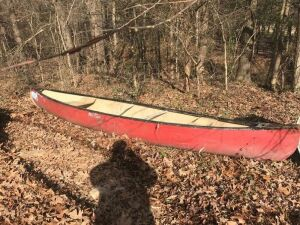 16' Old Towne Fiberglass Canoe ( may need patchwork)