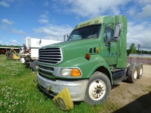 2005 Sterling AT9500 Tractor Truck