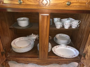 Valmont China Set