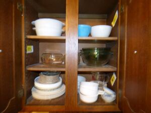 FireKing, Pyrex, misc Mixing Bowls, plates, bowls and measuring cup