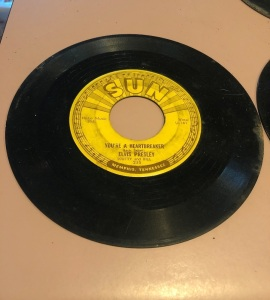 NEW ITEMS FOUND! Sun Records! 45 Various Artists!