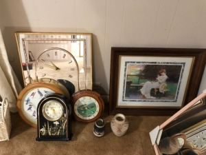 Various pictures, baskets, clocks, misc.