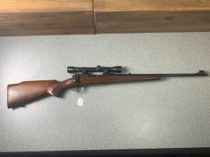 Winchester Model 70 Featherweight (Weaver Scope) .30-06 Springfield