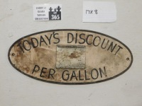 HAND PAINTED DISCOUNT ADVERTISING SIGN VINTAGE ANTIQUE 8 X 17