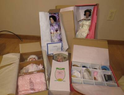 Baby Dolls - Treasury Collection, The Ashton-Drake Galleries