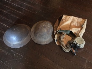2 WW1 Helmets and Gas Mask