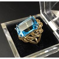 14K Gold Octagon Cut Blue Topaz Ring- Size 8