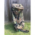 Extra Large Redhead Camo Rolling Duffel Bag/ Luggage w/ Collapsible Handle