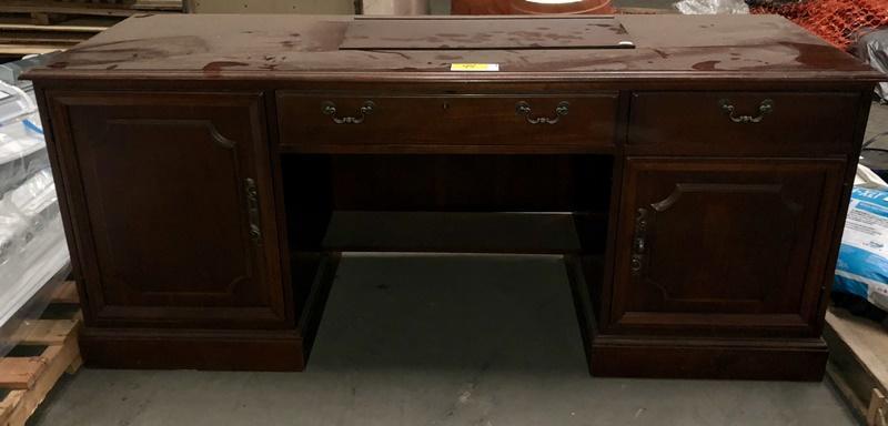 Lot 44 Of 148: Hooker Office Desk