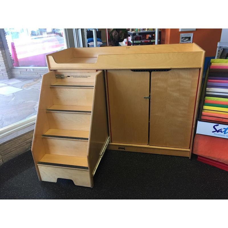 73644ec3fc9d Lot 33 of 251: Jonti Craft Pull-Out Stairs Changing Table- 48L x 23D x 39H-  see description